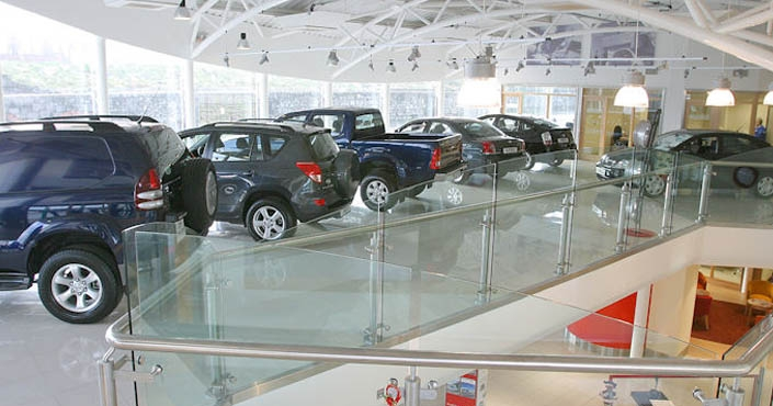 Joe Lynch & Sons Car Showrooms